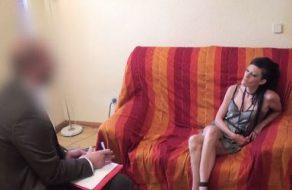 imagen Ninfómana adicta recibe una terapia de choque por parte de su psicólogo
