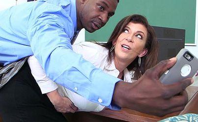 Pelicula porno con argumento jefe folla a secretaria Director Llama A Su Secretaria Y Se La Folla Grabandolo Con El Movil Videosxxxmaduras Xxx