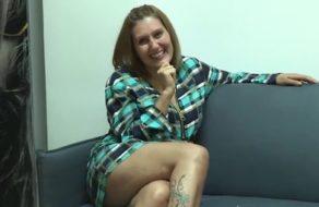 Rubia española madura echa un polvazo espectacular en su vuelta al porno
