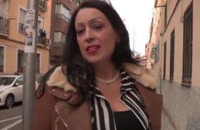 Divorciada española busca pollas jóvenes para sentirse una puta