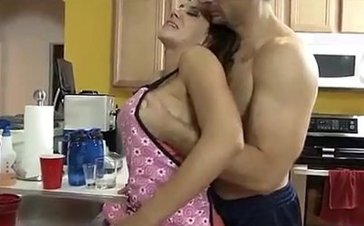 videos porno cuarentonas madre folla