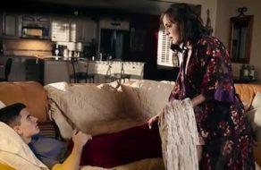 Viciosa se folla a su sobrino aprovechando que pasa la noche en su casa