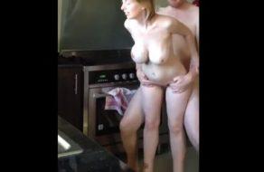 imagen Clavada de polla por detrás a la puta de su esposa tetona