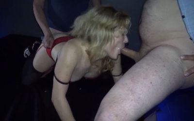 Peliculas porno casero de casadas macizas Madurita Muy Caliente Se Va A Un Cine Porno A Que Se La Follen A Fondo Videosxxxmaduras Xxx