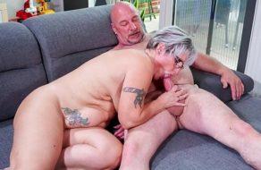 Abuela alemana golosa
